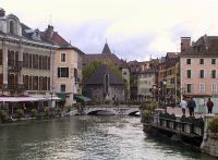 annecy_canal.jpg
